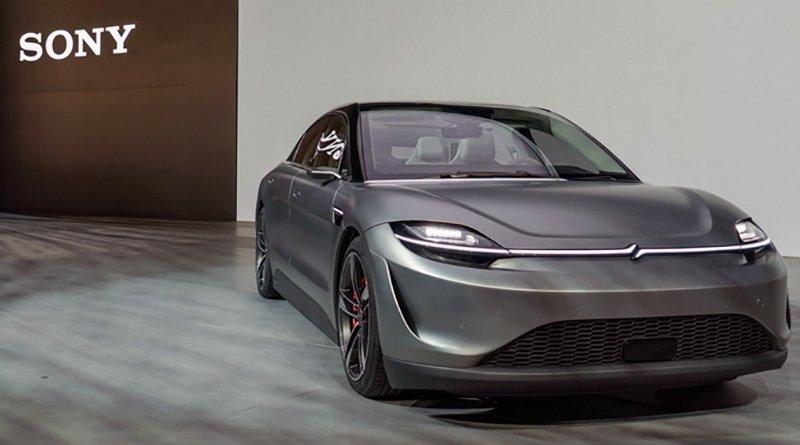 Sony presenta la sua prima auto elettrica: Vision-S